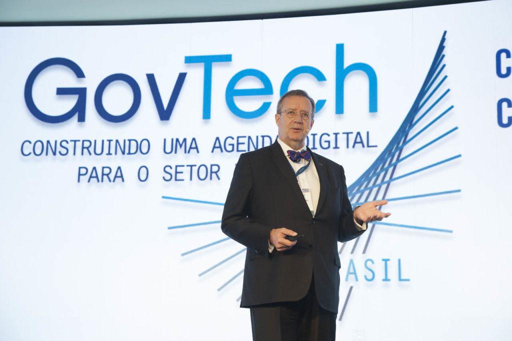 Tecnologia contra a pobreza